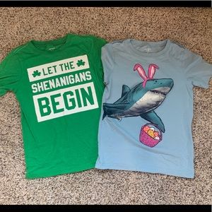 🐰Carter's Kid Bundle of Holiday Shirts 🍀